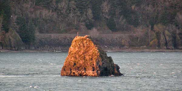 Phoca Rock today, as seen from Bridal Veil State Park