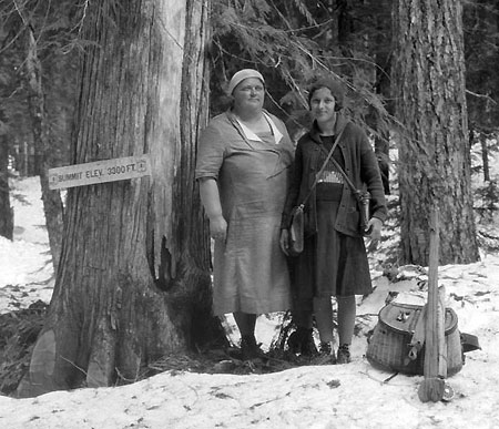 Is this Alva and Io Day's daughter-in-law? (Source: Hood River History)
