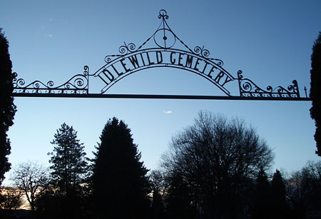 Idlewild Cemetery (source: findagrave.com)