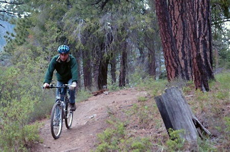 Cyclist on popular Surveyors Ridge (The Oregonian)