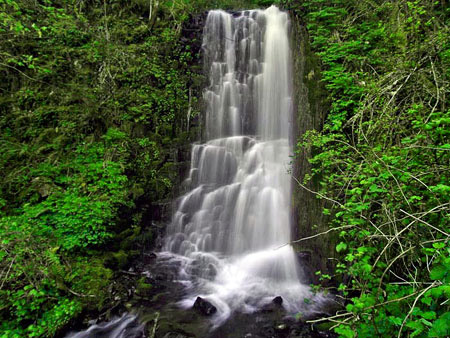 Upper Coopey Falls would be a highlight of a connector between the new and existing trails