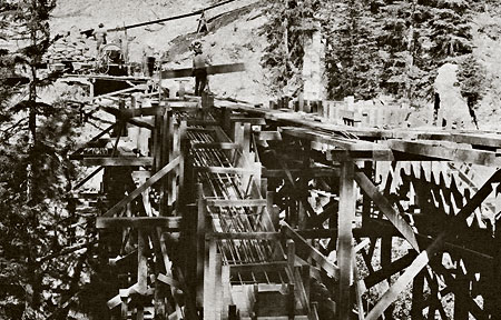 Construction of the East Fork Bridge in 1928 (USFS)