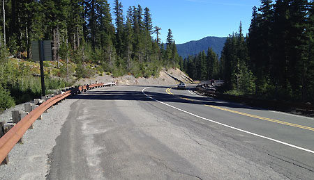 The pullout on Highway 35 at Sahalie Falls is wide enough to easily allow for roadside parking and a new trailhead