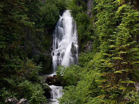 View of Sahalie Falls from the historic loop highway bridge