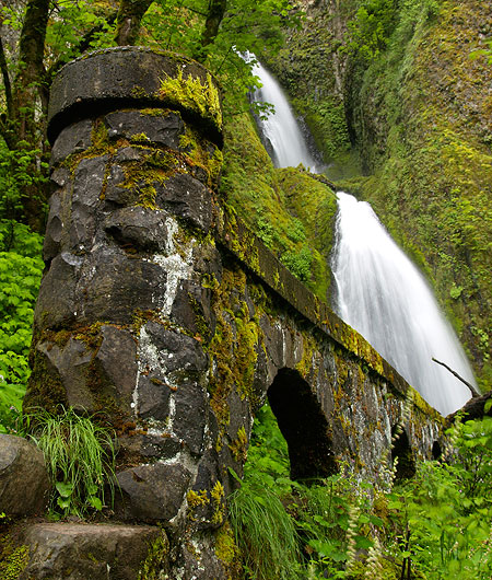 The original capped arch walls at Wahkeena (shown new in the previous photo) has survived the elements -- and a major rockfall in the late 1960s