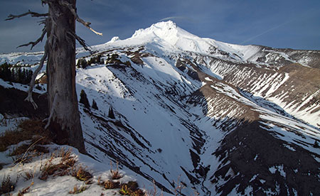 March features the White River Canyon from the Pacific Crest Trail