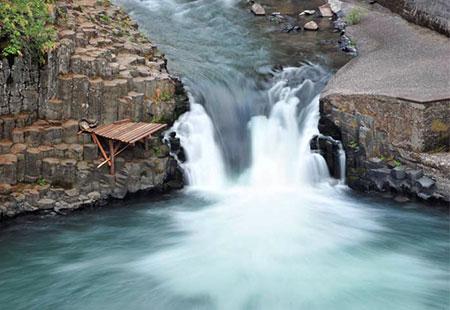 Fishing platform at Punchbowl Falls (courtesy Heather Staten)
