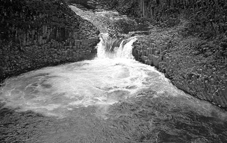 Punchbowl Falls in 1942, before construction of the fish ladder (in 1959)