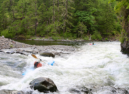 Kayakers at the Hood River Confluence at Punchbowl Park (photo by Peter Marbach)