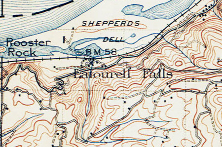 This early 1900s topographic map shows Echo Bay as it existed until World War II (under the words Rooster Rock). Crown Point isn't labeled on this early map, but is the marked by the sharp bend in the historic highway directly adjacent to Echo Bay.