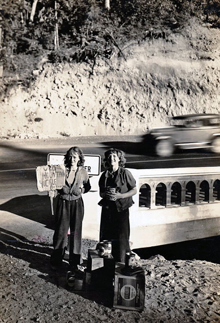 Huckleberry pickers in the 1930s at the Little Zigzag River bridge, below Laurel Hill