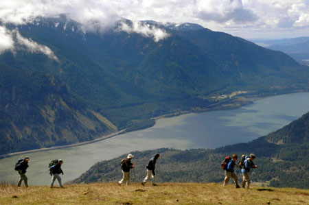 Wall-to-wall hikers are the norm on Dog Mountain in spring (The Oregonian)